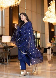 Indian Beautiful Blue Kurti, Pant With Dupatta Set. Party Wear Dress Diwali and Christmas Sepcial Dress. EXPRESS Free SHIPPING In USA, Uk.