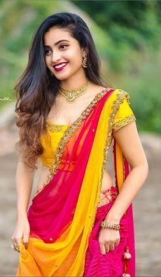 Beautiful Girl Photo, Beautiful Girl Indian, Beautiful Saree, Beautiful Indian Actress, Wedding Saree Blouse Designs, Half Saree Designs, Kurti Designs Party Wear, Half Saree Lehenga, Saree Look
