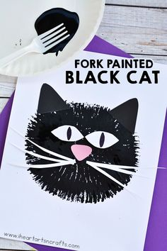 Painting with forks is such a fun and easy technique for kids! Make these fork painted black cats with just a few simple supplies!
