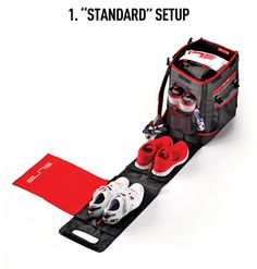 Manages and organizes all your Triathlon equipment before, during and after a competition. The efficient and ergonomic Tri Box manages and organizes all your Triathlon equipment before, during and after a . Ironman Triathlon, Triathlon Training, Triathlon Transition, Shoe Organiser, Tri Suit, Half Ironman, Gym Bag Essentials, Swim Team, Frases