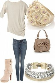 Such a clean & cute outfit :)