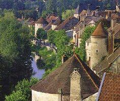 Noyers-sur-Serein Burgundy - 1h from Paris (William de Noyers)