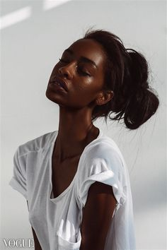 Black is beautiful Cabelo Inspo, Pretty People, Beautiful People, Dark Skin Beauty, Black Beauty, Natural Beauty, My Black Is Beautiful, Brown Skin, Black Brown Hair