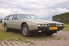 """Manufacturer: Roos Engineering Switzerland for Aston Martin Type: Lagonda Shooting Brake Engine: Power: 284 pk/hp Speed: 230 km/h Production Time"""" 1980 Production output: a handful, probable 3 Curb weight: 2010 kg Special: - complete alu Aston Martin Lagonda, Aston Martin Cars, Grand Luxe, Wagon Cars, Shooting Brake, Top Cars, Station Wagon, Rolls Royce, Concept Cars"""