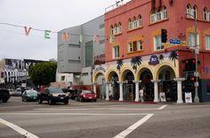 Venice Beach travel guide / http://www.wandervibe.com/venice-beach/ #losangeles #la #travel #california #venice #beach