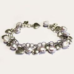 #Bracciale con Perle e Ciondoli a #Cuore