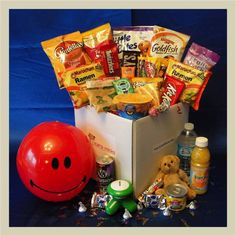 Care Package for College Student Teaching Schools, Care Packages, Basket Ideas, Giving, College Students, Cool Gifts, Dorm, Packaging, English
