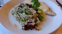 Leikkuulaudalla on ruokablogi.Käsittelen pienen perheen arki- ja juhlaherkkuja. Italialainen ruoka ja Kreikkalainen ruoka ovat lähellä sydäntäni.