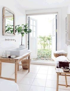 Scandinavian cottage and farmhouse decor ideas, bathroom. More pretty examples on Dagmar's Home, http://DagmarBleasdale.com
