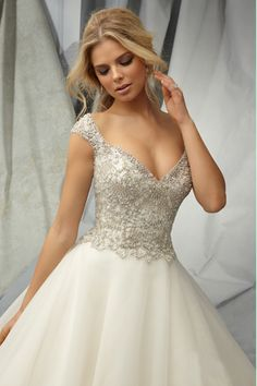2014 Off The Shoulder A Line Wedding Dress Full Beaded Bodice With Chapel Train Tulle