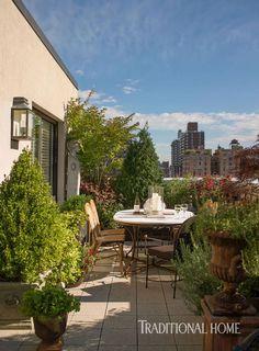 Fashion Guru Tim Gunns Elegant New York Apartment Is a Lesson in Classic Style