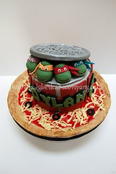 Teenage Mutant Ninja Turtle cake - by Liz, Ladybird Cake Company… Ninja Turtle Birthday, Ninja Turtle Party, Ninja Turtles, 4th Birthday, Birthday Ideas, Ninja Party, Twin Birthday, Ninja Cake, Tmnt Cake