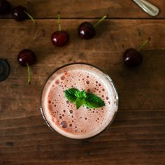 Cherry-Chia Pain Buster http://www.prevention.com/food/healthy-recipes/post-workout-smoothie-recipes/slide/10