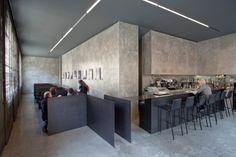 6T7 Espai Café, un espacio para la tertulia y el encuentro con el arte en Olot. | diariodesign.com