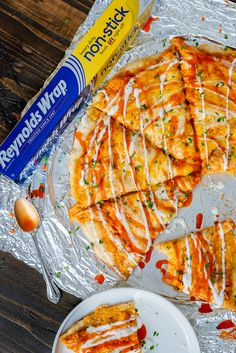 Pizza night? Try this quick & easy Buffalo Ranch Chicken Pizza - using Reynolds Wrap Non-Stick Foil! This non-stick foil ensures that this two-ingredient crust that is loaded with creamy, cheesy toppings won't stick and will easily lift away from the pan! #ad #ReynoldsPartner @ReynoldsBrands Ethnic Recipes, Food, Meals