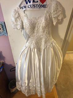 e837b3e17f4 Mori Lee Vintage 80s Wedding Dress Size 8 With Bustle And Matching Veil   fashion