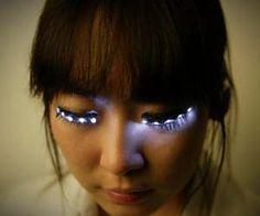 Light up eyelashes