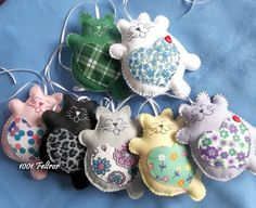 Felt Plump Cats: No Pattern - Can I make something similar? These are SOOOO cute!