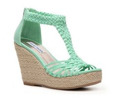steve madden rise wedge sandal in mint green (@ DSW)