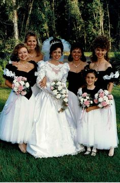 vintage pop up weddings Vintage Wedding Photos, Vintage Bridal, Vintage Weddings, Wedding Pictures, Beautiful Wedding Gowns, Beautiful Bride, 1980s Wedding Dress, Wedding Dresses, Bridal Gowns