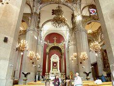 Altar inside Old Basilica de Guadalupe