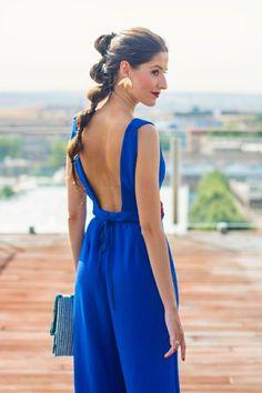 Look invitada lowcost Mono jumpsuit cinturon flores escote espalda Summer Wedding Outfits, Casual Summer Dresses, Wedding Summer, Dress Summer, Jumpsuit Outfit, Romper Dress, Look Formal, Wedding Jumpsuit, Overall Dress