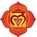 How to Use Chakra Healing to Transform Your Life Root Chakra Healing, Self Healing, Chakra Root, Reiki, Yoga Sequences, Yoga Poses, Chakra Mantra, Muladhara Chakra, Les Chakras
