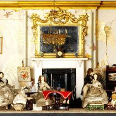 http://www.vam.ac.uk/moc/exhibitions/small-stories-at-home-in-a-dolls-house/small-stories/ Special exhibit dollhouses V&A Museum of Childhood