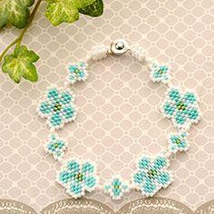 小花のブレス (ブレスレット) ブルー OT-079