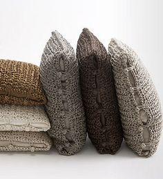 pillow covers... love the classy mix of neutrals, with texture. Use any stitch, big hook. bobbles and chains to close. Try ribbon yarn.