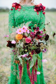 Possibly the most beautiful bouquet I have ever seen. What do you think @clairleary ? via  Blog | Flowerona