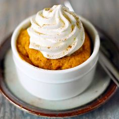 Want to eat a quick dessert but don't want to make cookies or complicated cakes – try these best mug cake recipes. They are single-serve desserts that everyone loves, plus . Read moreThe Best Mug Cake Recipes Best Mug Cake Recipes, Mug Recipes, Pumpkin Recipes, Fall Recipes, Sweet Recipes, Pumpkin Mug Cake Recipe, Easy Mug Cake, Mug Cake Microwave, Microwave Recipes