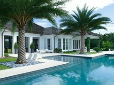 As it's an above ground pool, the possibility of your pet or kids to fall in the pool is nearly impossible. Not every pool needs to be a masterpiece. Small Pool Design, Swimming Pools Backyard, Luxury Swimming Pools, Pool Decks, Dream Pools, Vero Beach, Pool Houses, Pool Designs, Outdoor Pool
