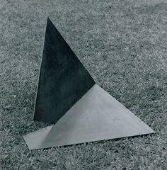 Sem Título déc. de 1950   Amilcar de Castro aço Coleção Museu de Arte Moderna do Rio de Janeiro (RJ)