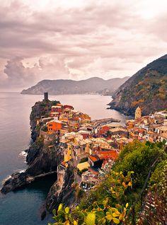 ✯ Peninsula, Vernazza, Cinque Terre, Italy
