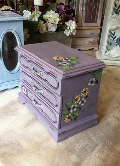 Upcycled Jewelry Box // Vintage Jewelry Chest // Shabby Chic Painted Jewelry Box by ByeByBirdieDesigns on Etsy https://www.etsy.com/listing/464916093/upcycled-jewelry-box-vintage-jewelry