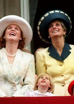 June Diana, Princess of Wales & Sarah, Duchess of York on the balcony of Buckingham Palace during the Trooping the Colour ceremony. Sarah Duchess Of York, Duke And Duchess, Trooping Of The Colour, Sarah Ferguson, Isabel Ii, Diane, Lady Diana Spencer, Princess Of Wales, Princess Beatrice