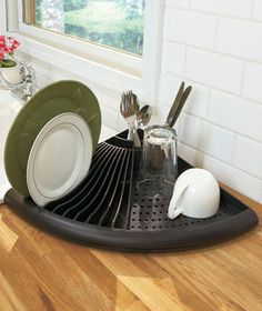 Collection of Creative Dish Drainers and Modern Dish Racks from all over the world for the kitchen.