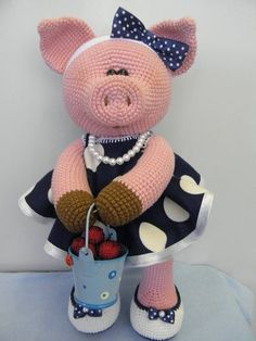 We have put together the most beautiful amigurumi knitting toy models.Beautiful amigurumi knitting patterns that you can enjoy with pleasure. Crochet Pig, Crochet Amigurumi, Crochet Gifts, Amigurumi Doll, Crochet Animals, Crochet Toys Patterns, Amigurumi Patterns, Stuffed Toys Patterns, Knitting Patterns
