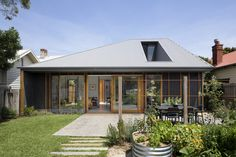 Gallery of Thornbury House / BENT Architecture - 1
