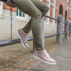JIMMY CHOO | NEW ARRIVALS | DERODELOPER.COM  The Jimmy Choo miami sneakers  from the new fall / winter 2016 collection.  Available online & in store  FOR MORE SHOP ONLINE: WWW.DERODELOPER.COM/JIMMY-CHOO