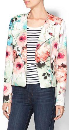 sweet floral cropped jacket http://rstyle.me/n/w5ezrr9te