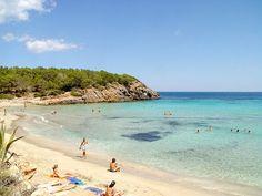 La playa de Cala Nova