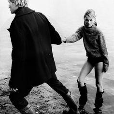 It's tweed season.  #KateMoss by #PaoloRoversi for Bazaar, 1995.