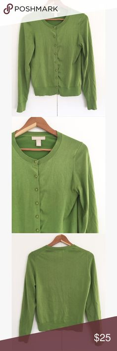 BANANA REPUBLIC • green cardigan Gently worn, no flaws • size L Banana Republic Sweaters Cardigans