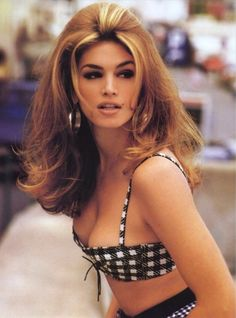What do people think of Cindy Crawford? See opinions and rankings about Cindy Crawford across various lists and topics. 00s Mode, Non Blondes, Actrices Sexy, Mode Glamour, 80s Hair, 90s Hairstyles, Vintage Hairstyles, Linda Evangelista, Miami Fashion