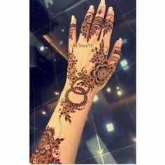 Pretty Henna Designs, Modern Henna Designs, Latest Arabic Mehndi Designs, Finger Henna Designs, Mehndi Designs 2018, Mehndi Design Photos, Wedding Mehndi Designs, Mehndi Designs For Fingers, Mehndi Designs For Hands