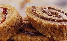 Ρολά μπισκότου με μαρμελάδα με 3 μόνο υλικά