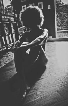 18-15n-77-30w:    quazimottoonwax:    ::Faceless Woman. What is Identity?:: by J. Quazi King  http://quazimottoonwax.tumblr.com/    http://18-15n-77-30w.tumblr.com/    uncut dope