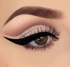 Amazing eyebrows, wing, and eyeshadow perfect for brown eyes!